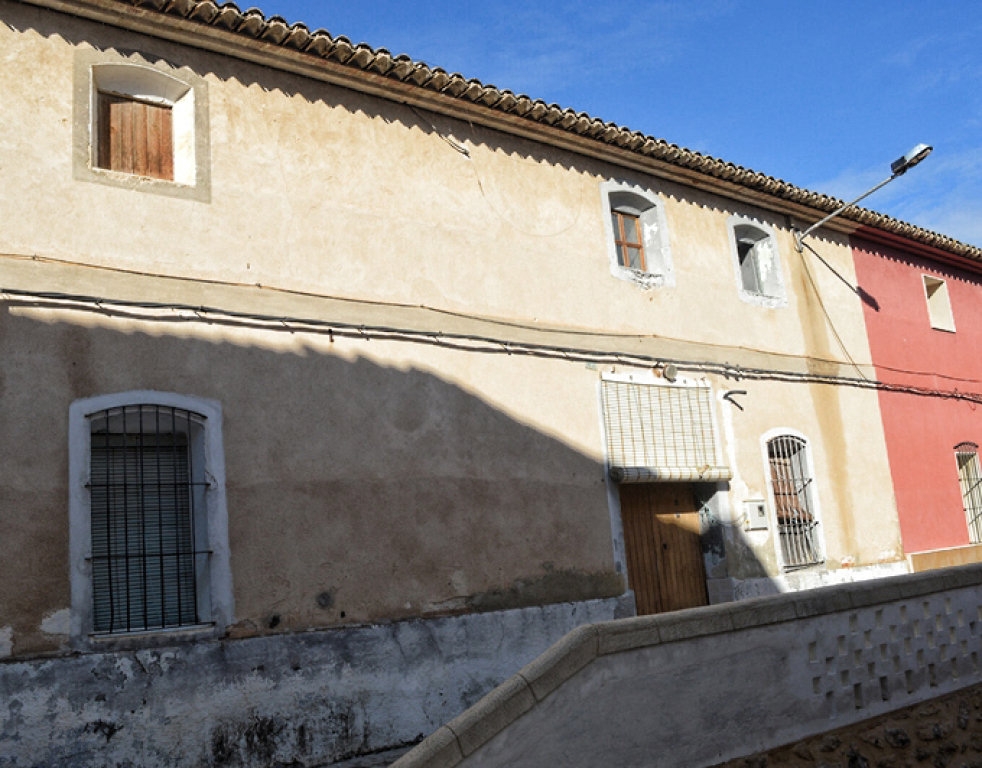 Casa de pueblo en venta en montaverner valencia for Casas de sofas en valencia