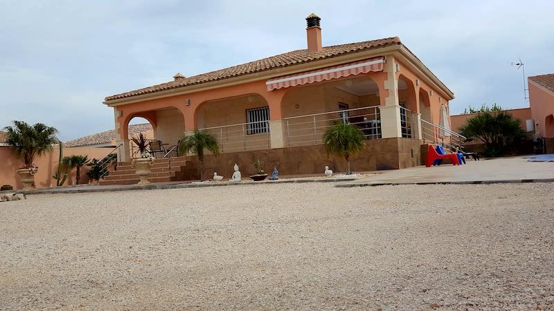Chalet en Venta en 03310 Jacarilla, Alicante