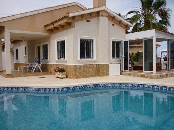 Villa en Venta en San Miguel De Salinas, Alicante