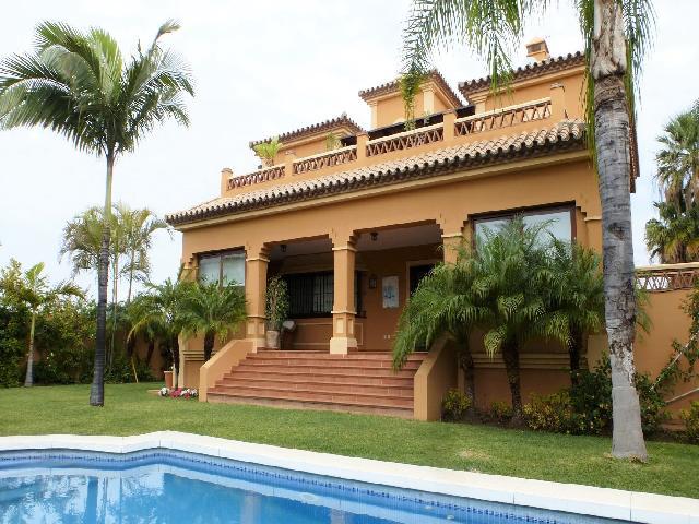 Casa-Chalet en Venta en San Pedro Alcantara Málaga