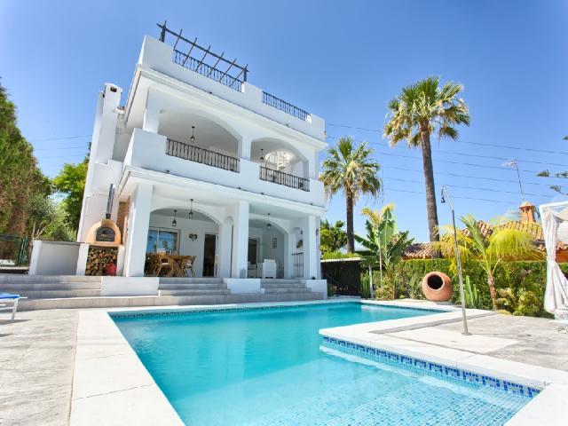Casa-Chalet en Venta en Sierra Blanca Málaga