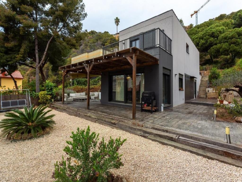 Casa independiente, construida en 2014!!!