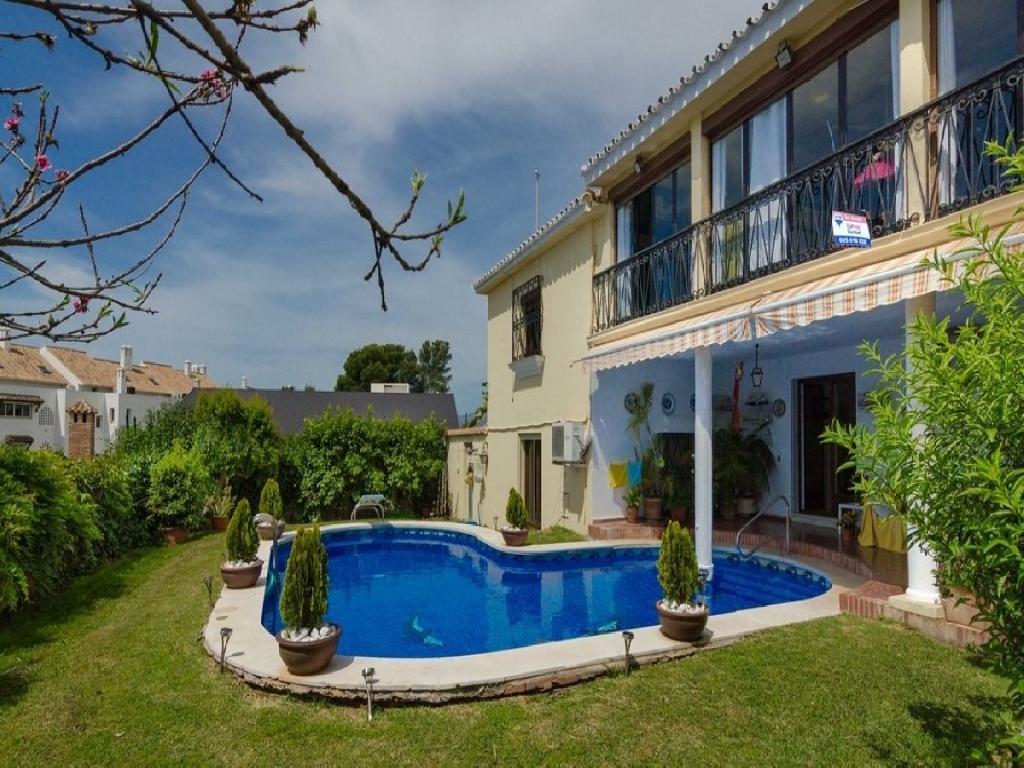 Impresionante villa en Valdeolletas, Marbella