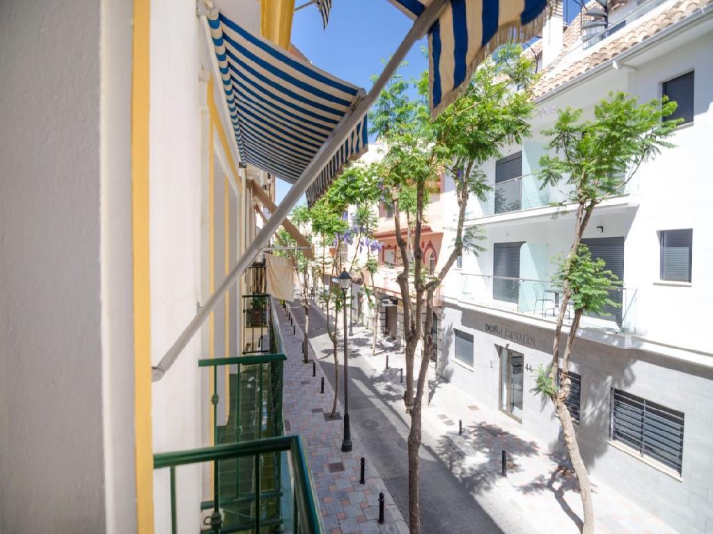 Apartamento en Los Boliches segunda linea de playa