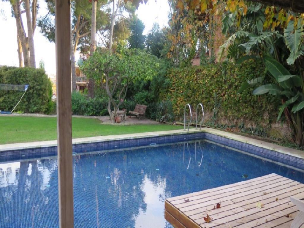 Espectacular casa con piscina en Montemar Bajo!!!