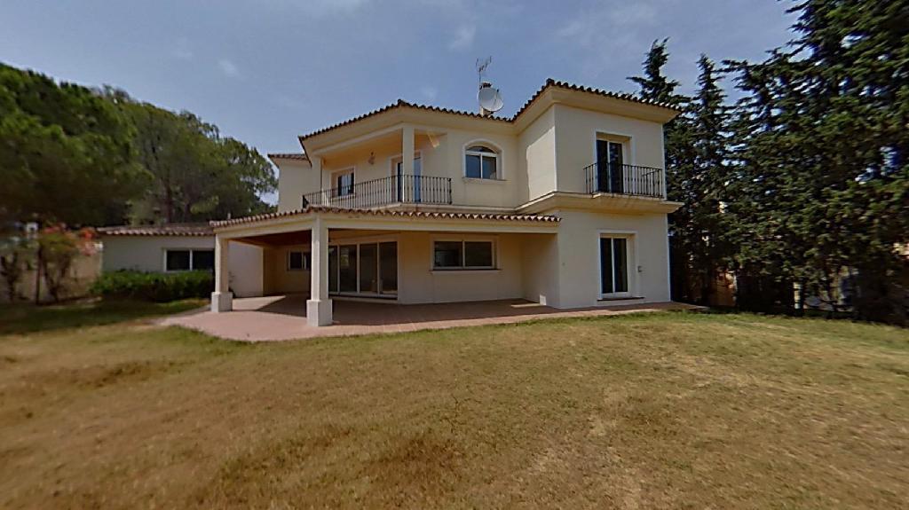 Casa-Chalet en Venta en Nueva Andalucia Málaga