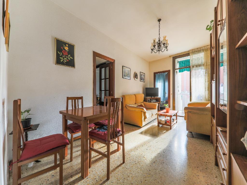 Piso en venta de 100 m²  Paseo Torras i Bages, 08030 Barcelona
