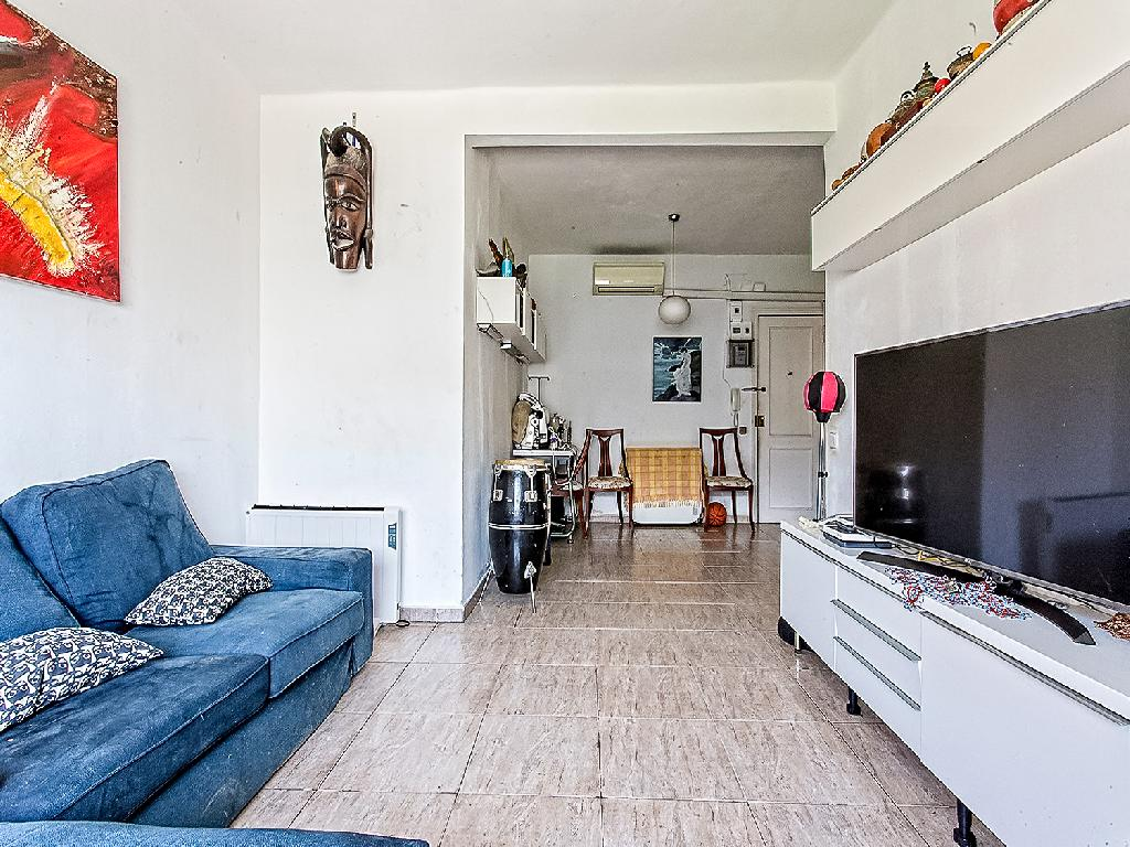 Piso en venta de 83 m² en Calle Fluvia, 08019, Barcelona.