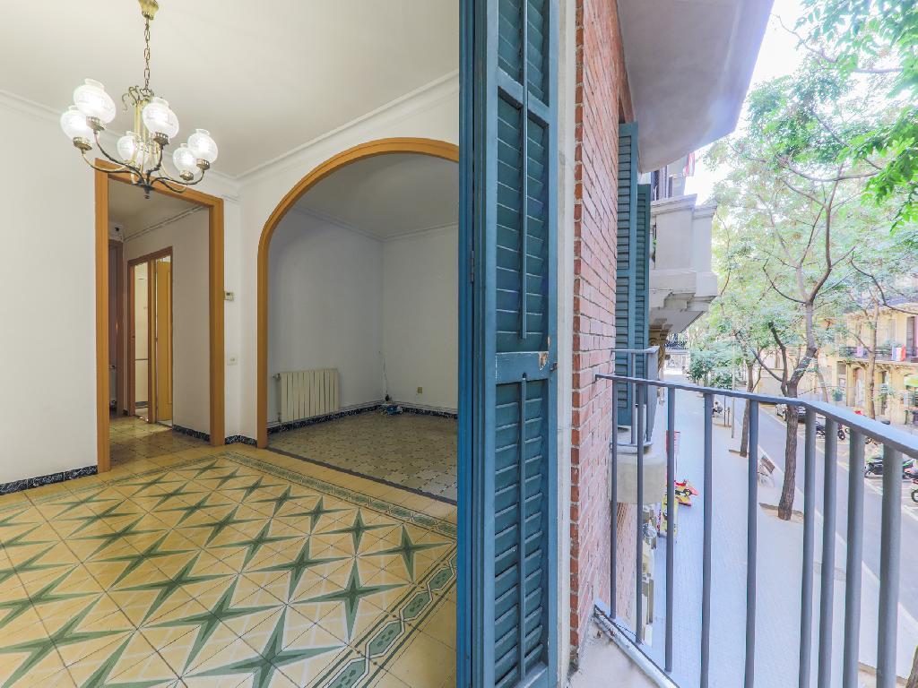 Piso en venta de 81 m² en Rambla de Prat, 08012 Barcelona