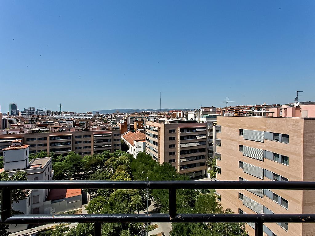 Ático en venta de 72 m² Calle Riera Blanca, Hospitalet de Llobregat, 08014  Barcelona