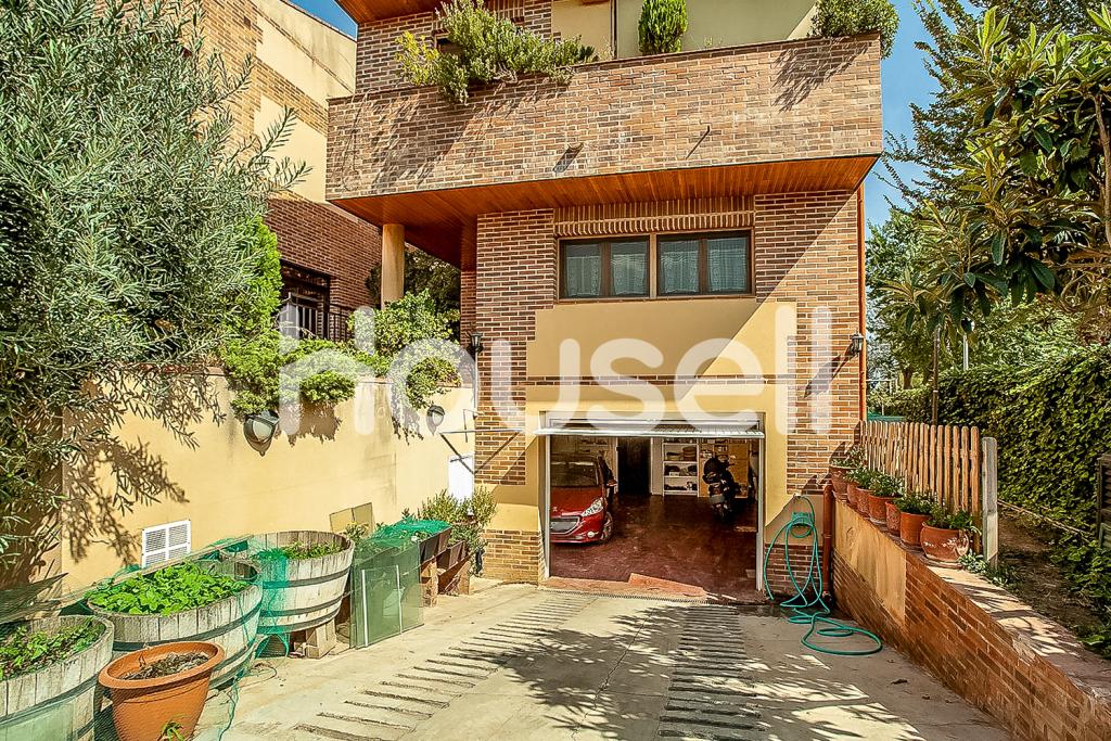 Chalet en venta de 400m²y parcela de 550m² en Partida Boixador, 25198 Lleida