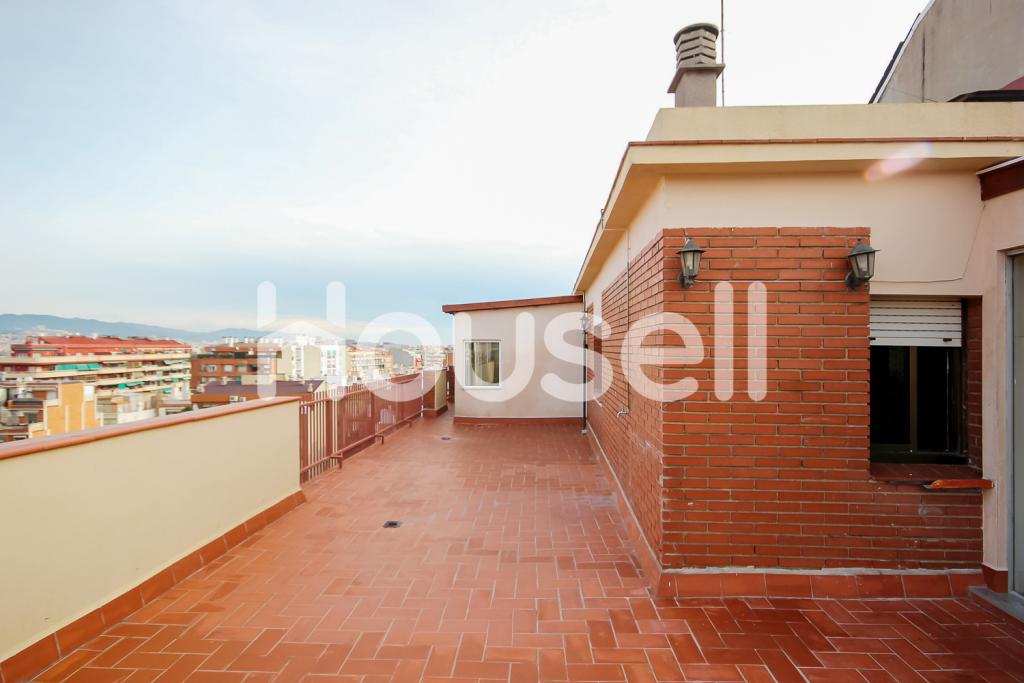 Espectacular ático en venta de 185 m² en Calle Marqués De Santillana en Barcelona.